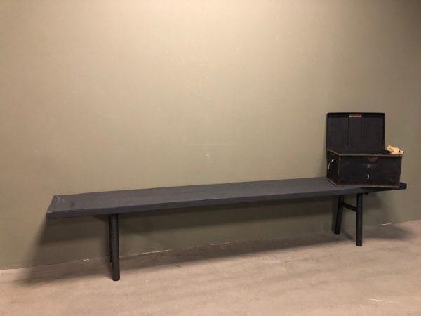 dark grey-bench-industrial-donkergrijze-bank-industrieel-l 250 h48 d38.5 1