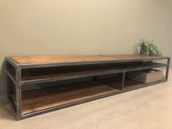 industrial-tv-cupboard-industrieel-tv-meubel-D45 H36 L200 b