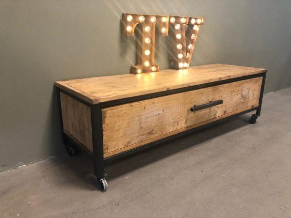 industrieel-tv-meubel-industrial-tv-cupboard D41.5 h40 b130 4