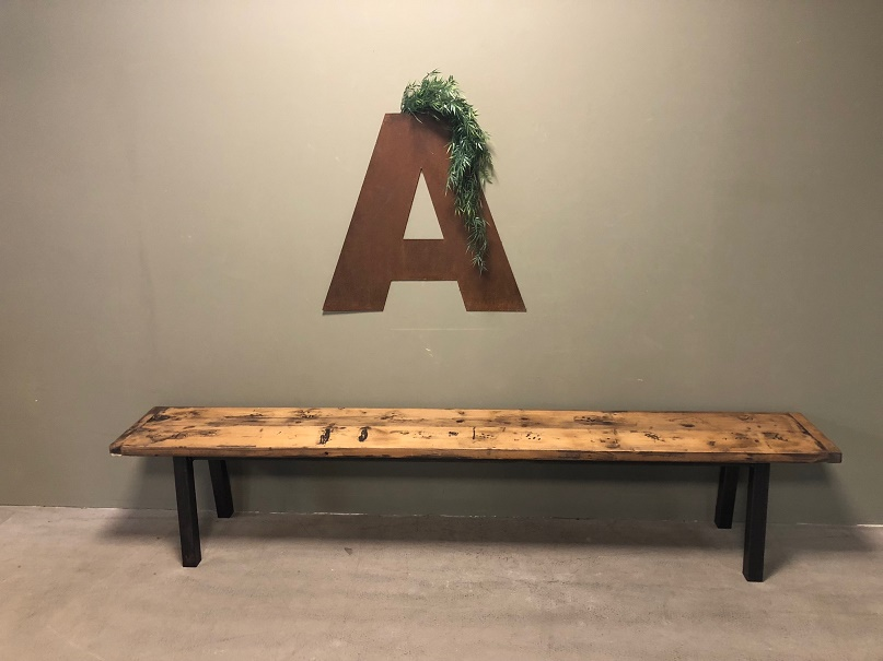 Wandplank 250 Cm.Industrial 250cm Long Bench Itsthat