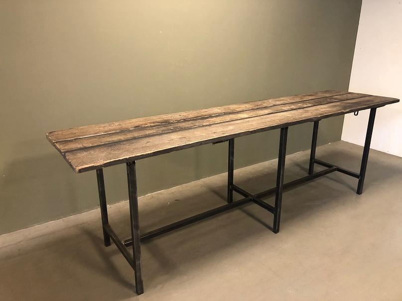 Table Display Katera